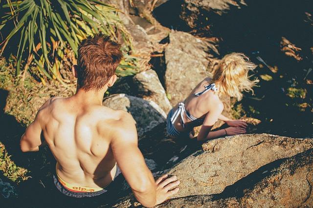男性 女性 水着